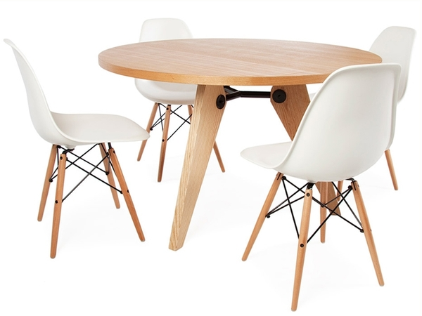 Round table Prouvé and 4 chairs